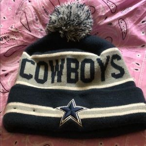 Dallas Cowboys Pom Knit Beanie